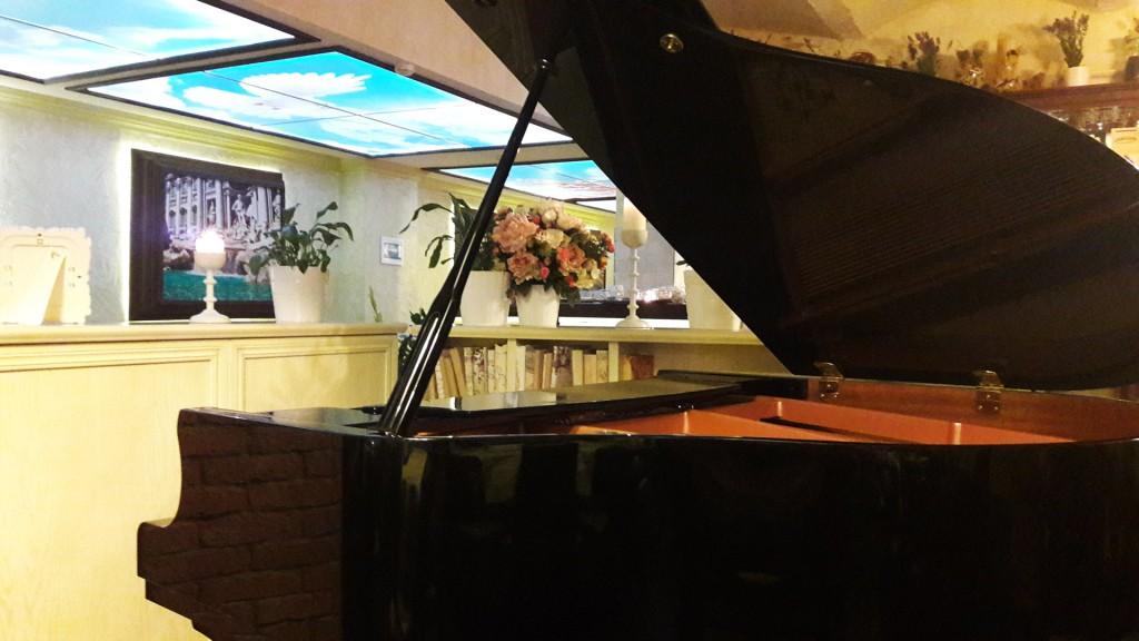 Рояль в DaPino